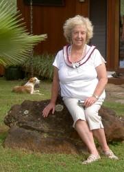 Louise Hawai'i Oct. 07 #3-Tanya